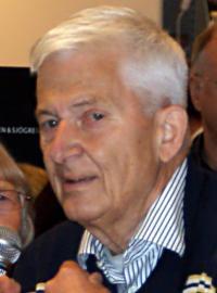 Пер Энквист